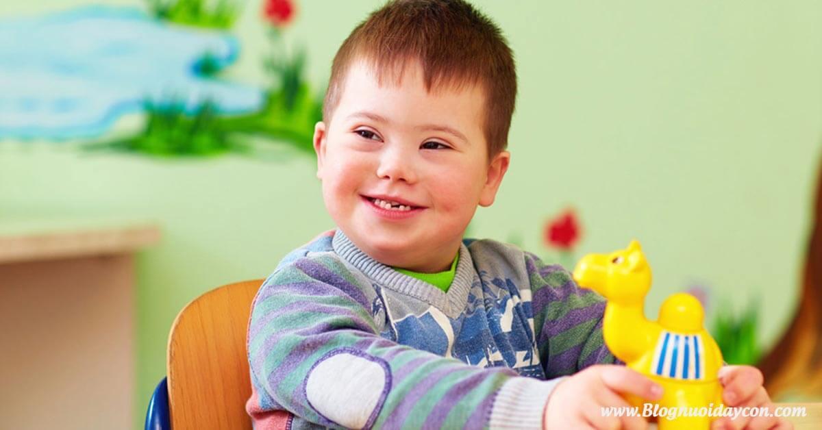 Trẻ chậm phát triển trí tuệ có chữa được không
