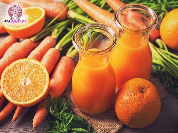 Cách làm nước ép cà rốt cam cho bé