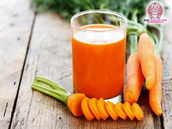 Cách làm nước ép cà rốt cho bé bẳng máy xay sinh tố