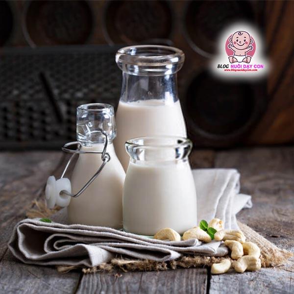 Sữa hạnh nhân hạt điều